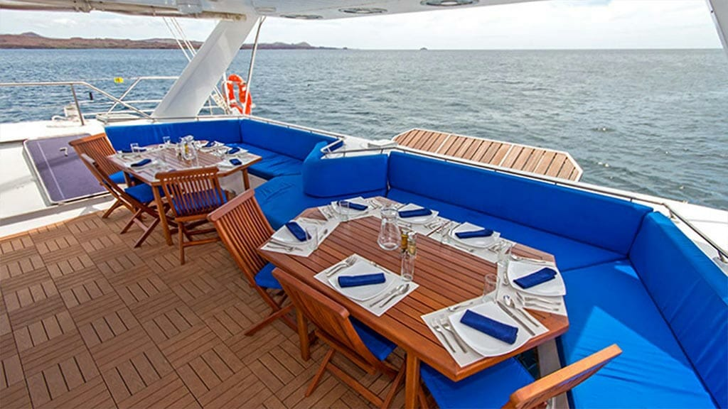 Al fresco dining with ocean views on the nemo 3 at galapagos