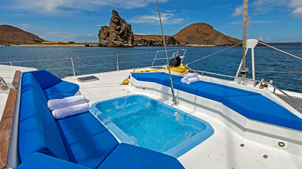 jacuzzi with 360 panoramic galapagos views aboard the nemo 3 catamaran