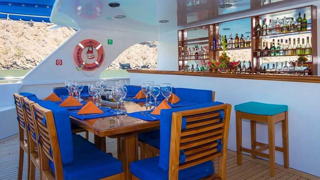 ocean spray yacht al fresco dining beside the bar