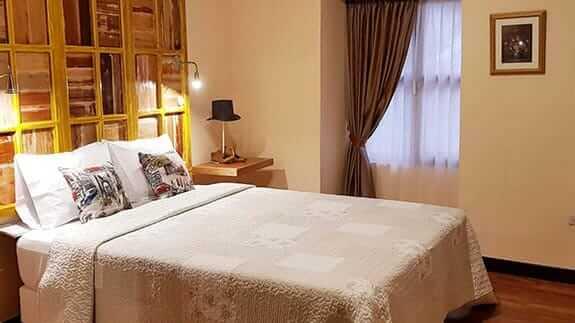 old town quito suites ecuador - double bedroom