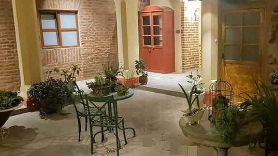 old town quito suites - patio