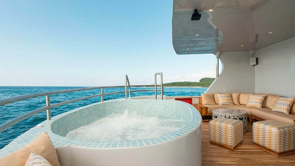Origin galapagos yacht - open air jacuzzi with ocean view