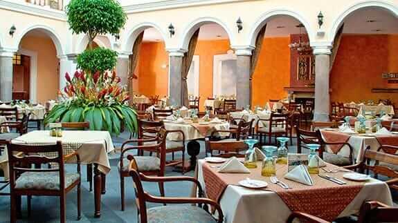 hotel patio andaluz restaurant ready for breakfast
