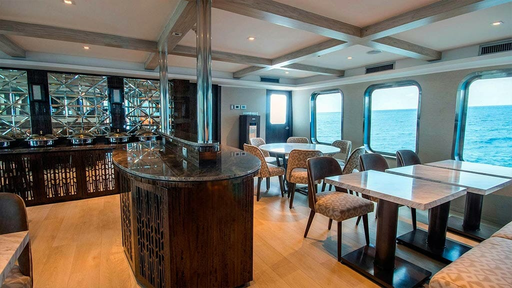 Theory Galapagos yacht - indoor dining area