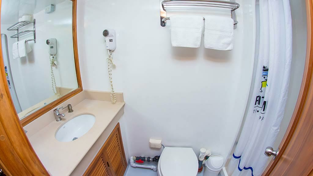 TipTop iv galapagos yacht guest bathroom and shower