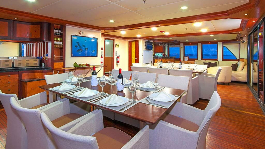 fine dining aboard the treasure of galapagos yacht