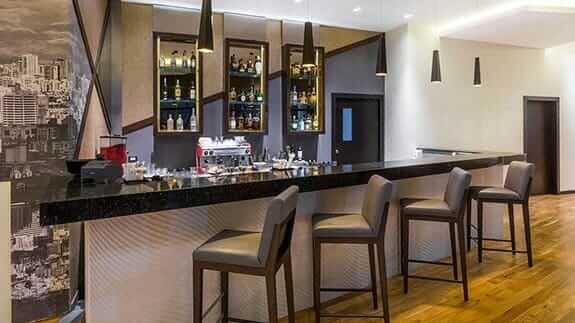 bar of Wyndham hotel quito airport
