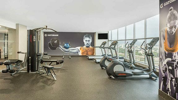 well equiped gym at wyndham hotel guayaquil
