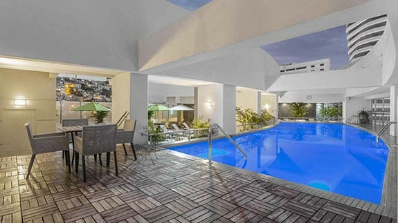 wyndham hotel guayaquil outdoor pool