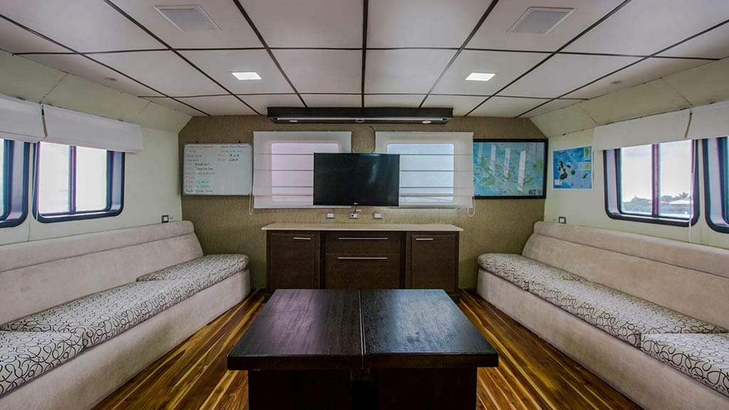 xavier galapagos yacht - indoor social lounge and tv room