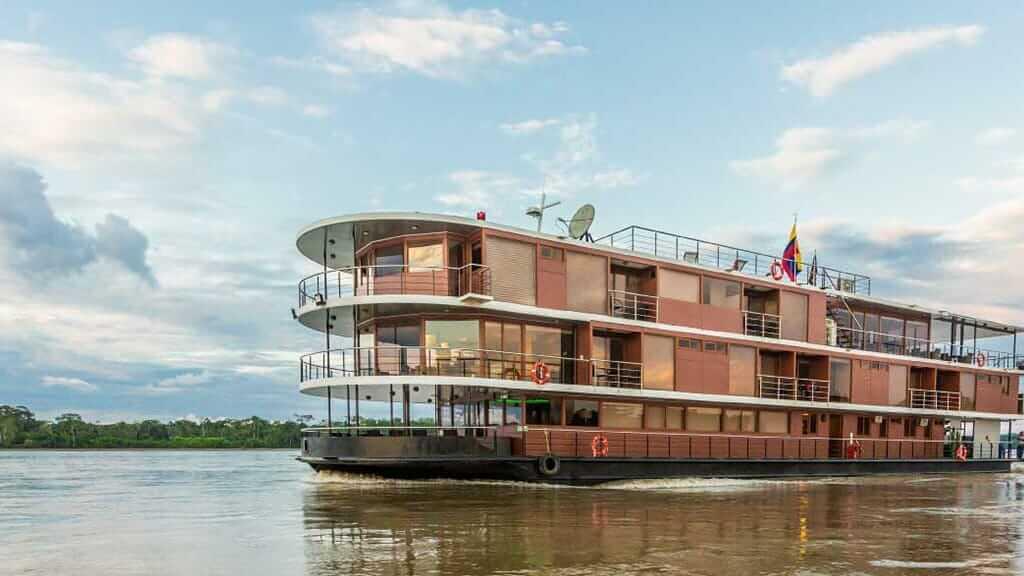 manatee amazon cruise ship in ecuador
