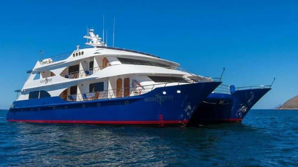 ocean-spray-galapagos-cruises