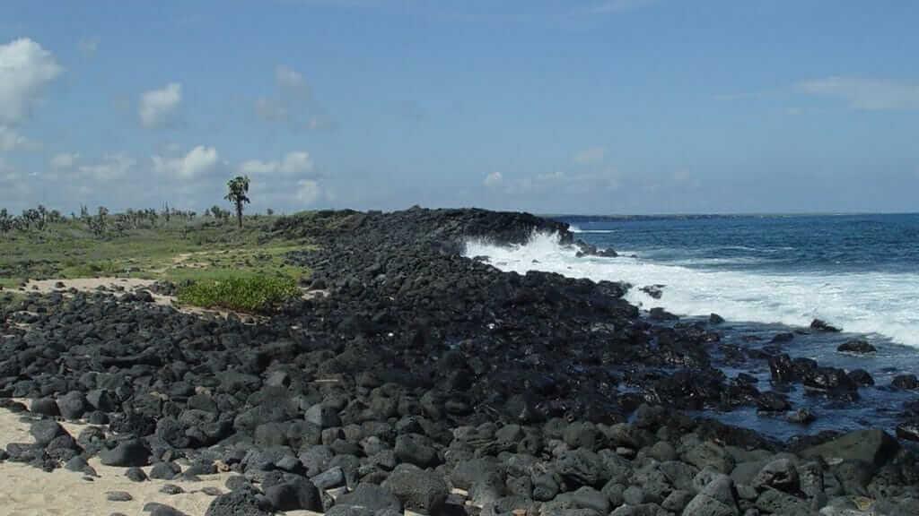 playa-de-los-perros-galapagos