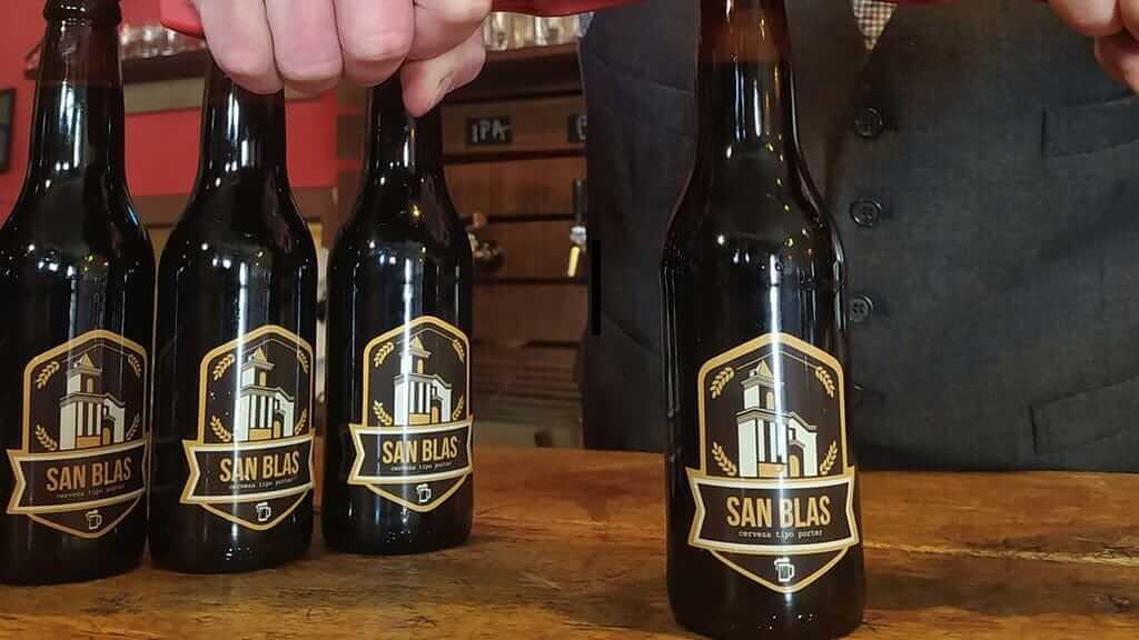 san blas beer at la oficina bar in ecuador