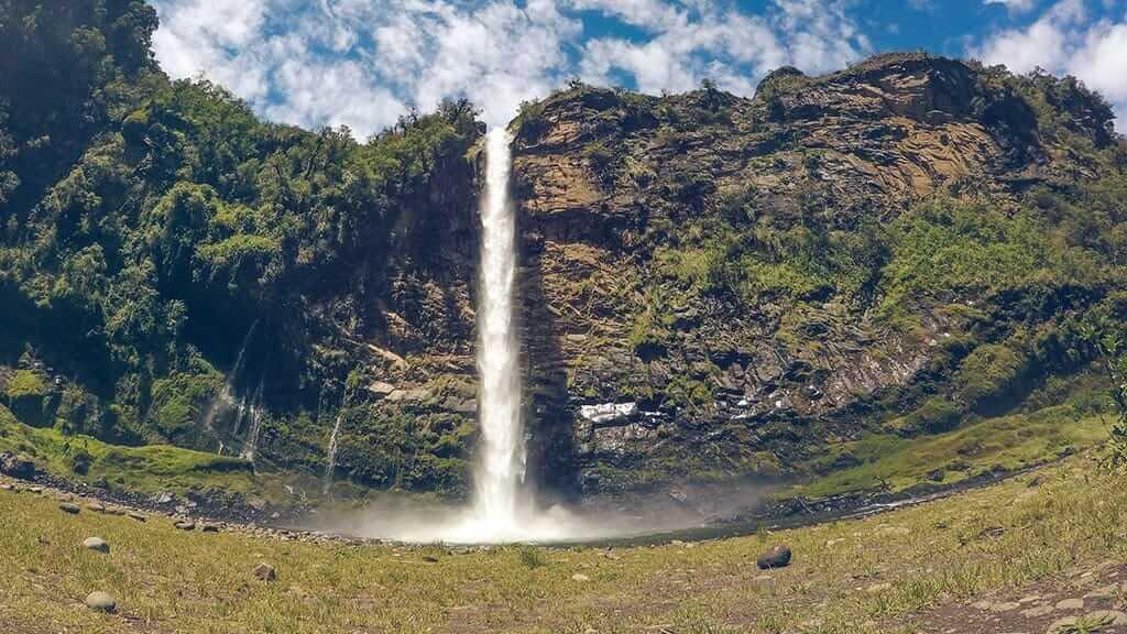 spectacular condor machay ecuador waterfall