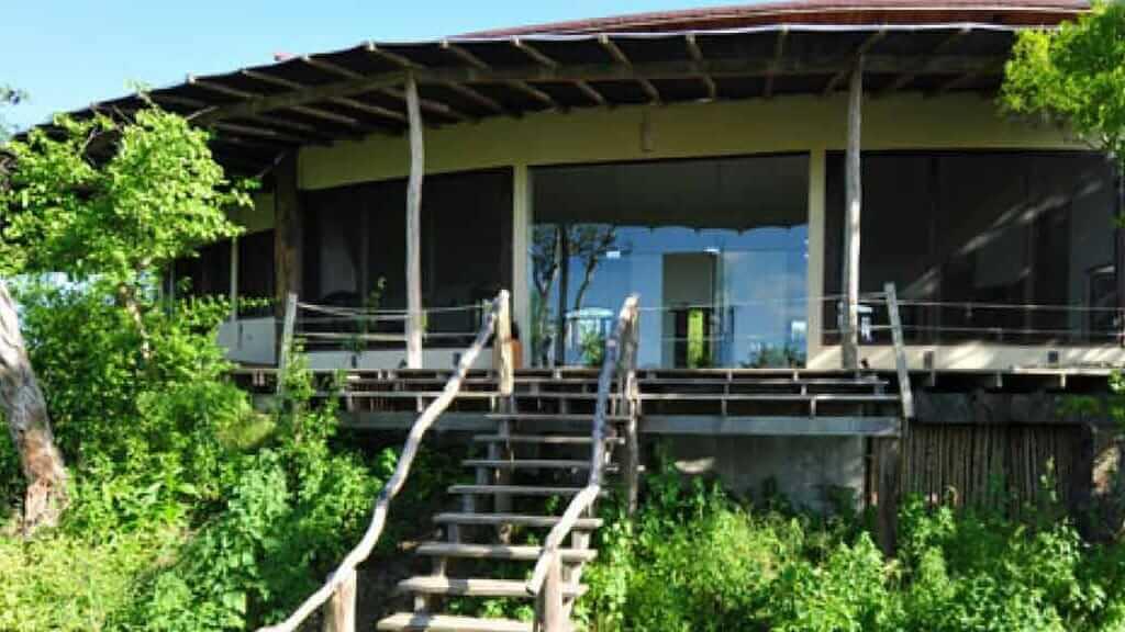 luxury travel - galapagos safari camp ecuador