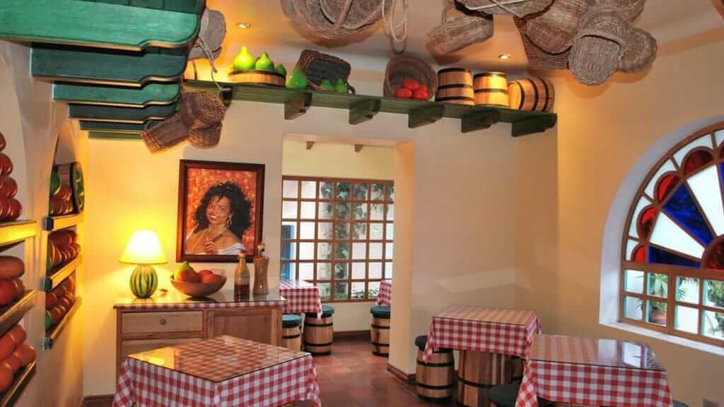 hotel vieja cuba restaurant quito ecuador