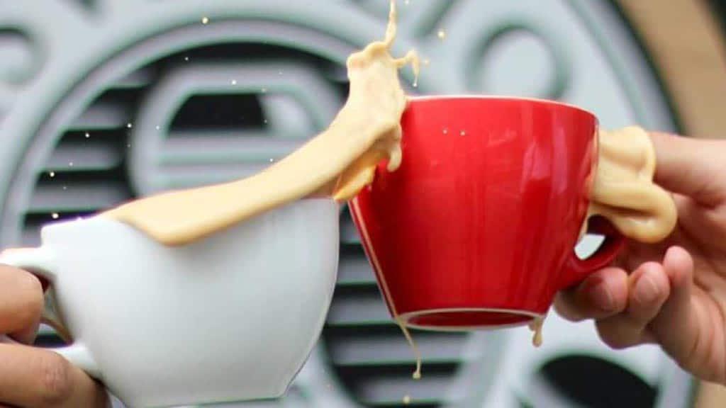 two cups of coffee at isveglio cafe quito ecuador