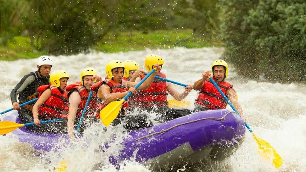 rafting in ecuador jungle