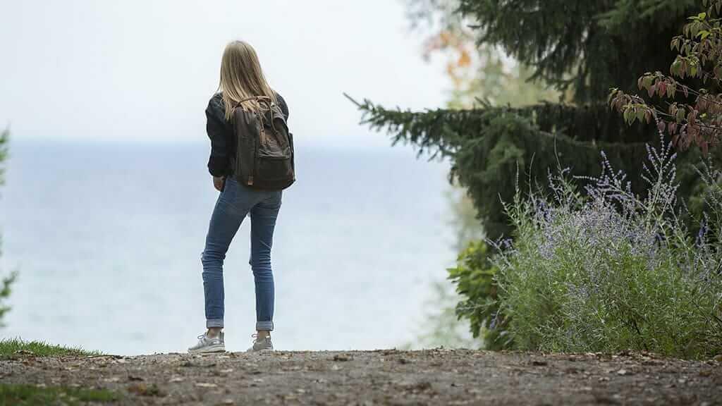 solo girl traveling in ecuador