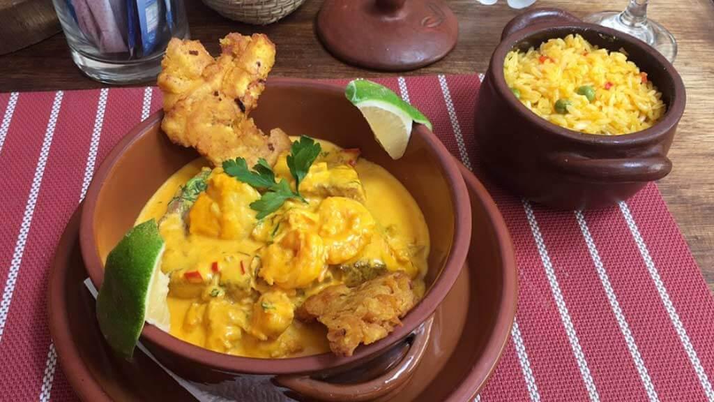 altamira restaurant quito serving traditional encocado