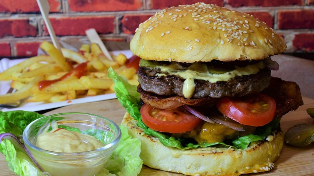 the famous finn mccools burger in quito ecuador