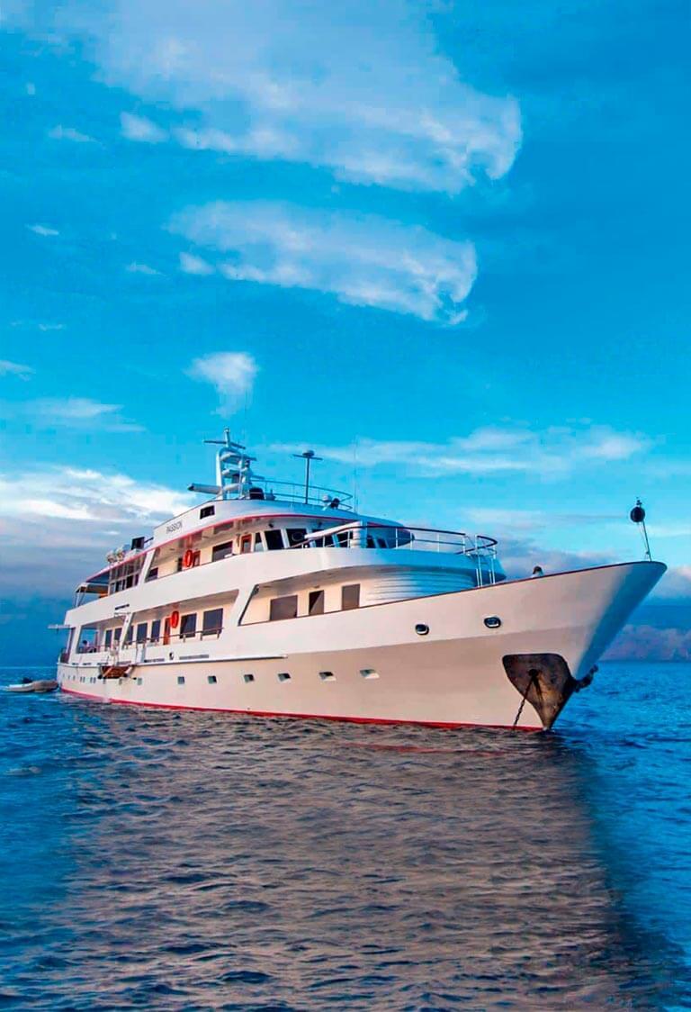 Galapagos Cruises charter