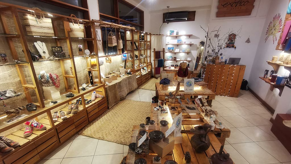 galeria exotico boutique selling fair trade handicrafts in puerto ayora town galapagos