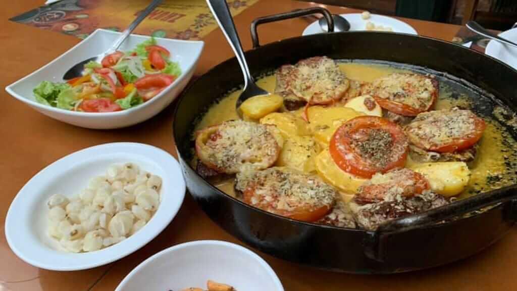 guajibamba cuenca restaurant food