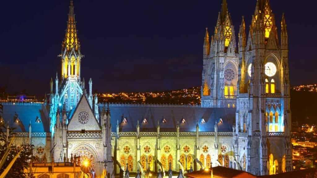 historic center in quito view of la basilica church at night