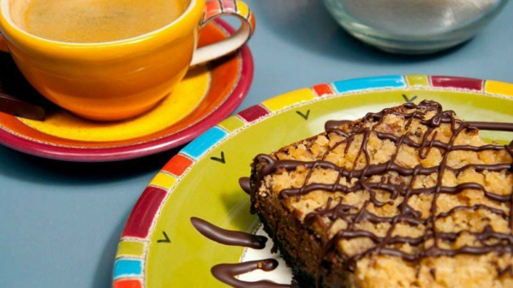 coffee and cake at san sebas cafe cuenca