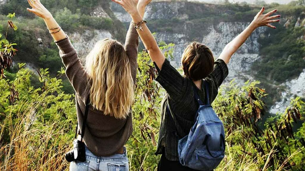 students traveling in galapagos ecuador