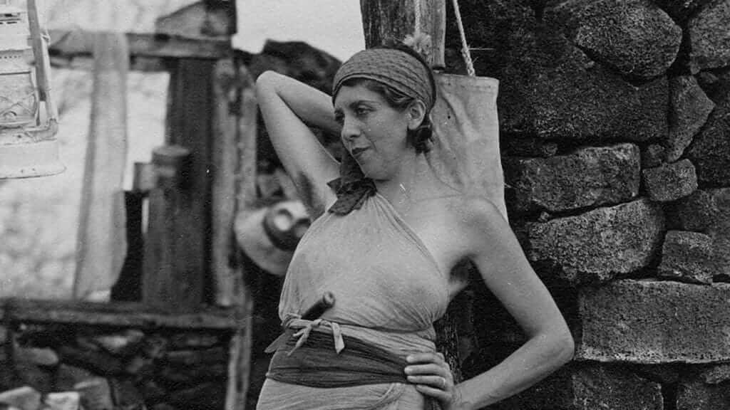 the elegant galapagos baroness on floreana island