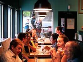 ecuadorian food culture and dining