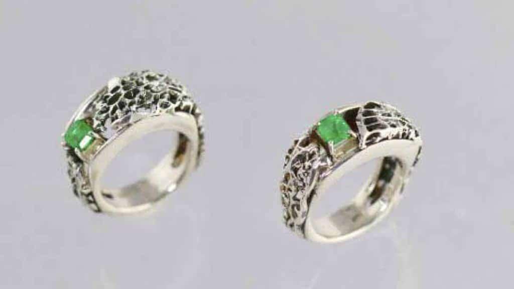tortoise-jewelry-puerto-ayora