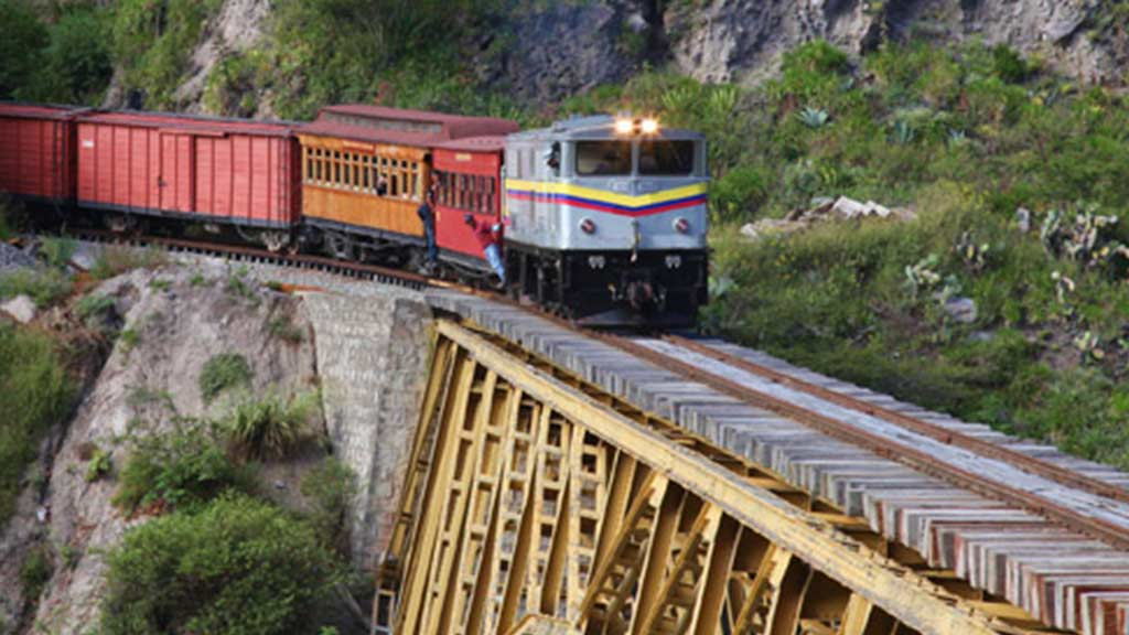 ecuador's train of liberty crossing a bridge