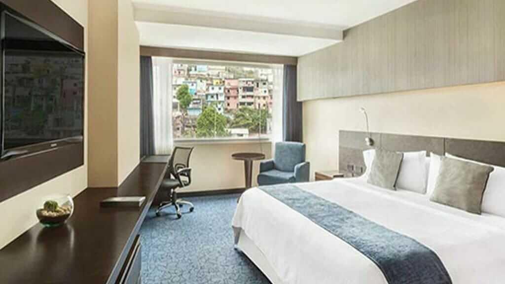 guayaquil wyndham hotel bedroom