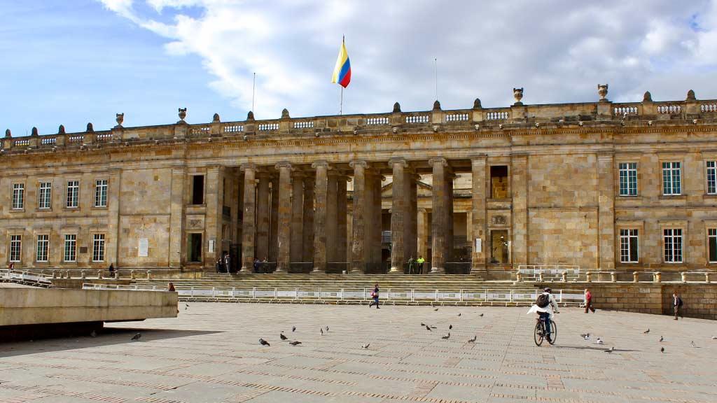 colombia-bolivar-square