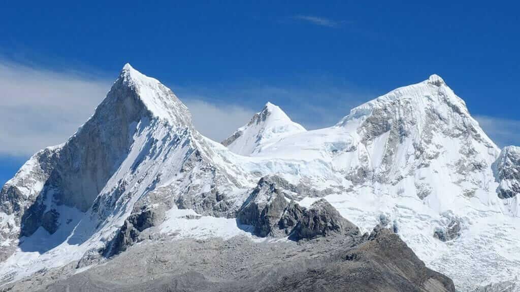 snow covered mountains of the cordillera blanca at huaraz peru