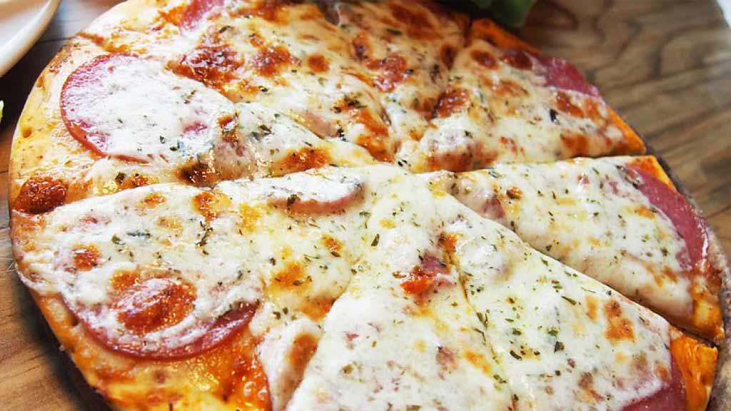 cosa-nostra-ecuador-pizza