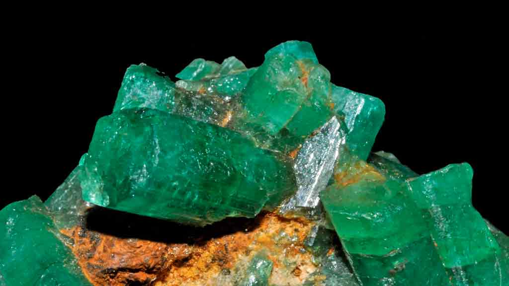 colombia is famous for green emeralds