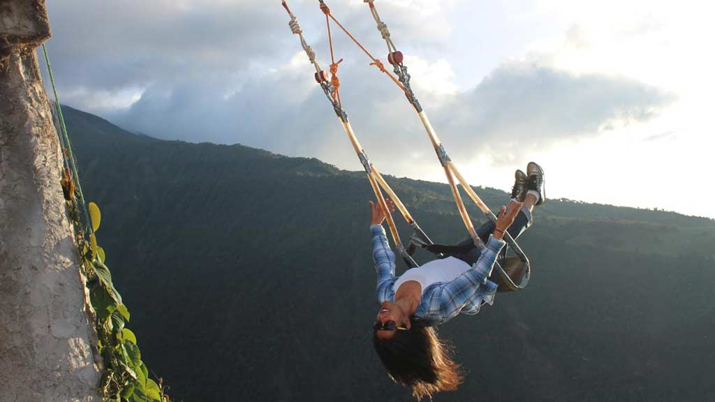 swing-at-the-end-of-the-world-baños-ecuador-adventures