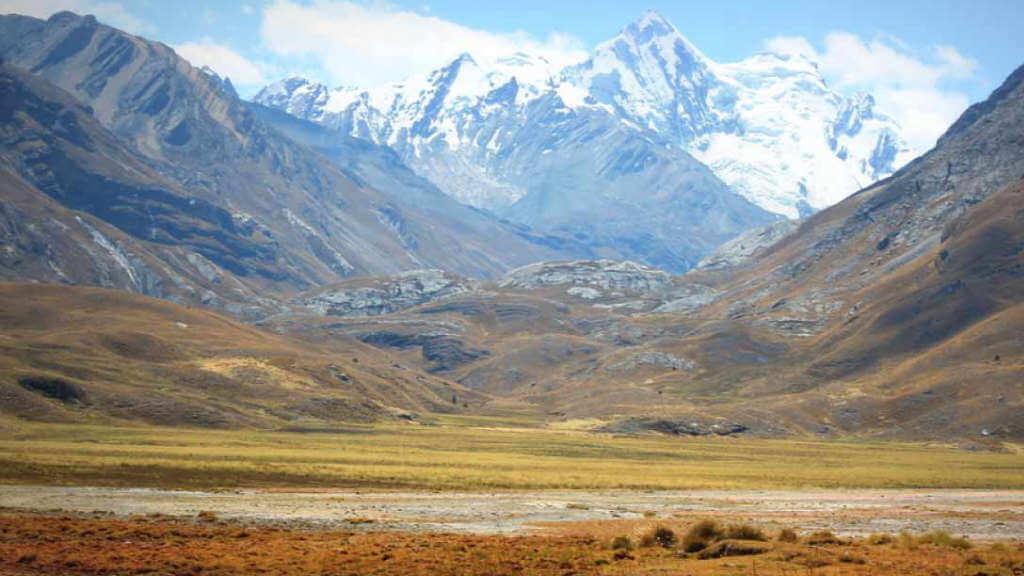 huaraz-mountains