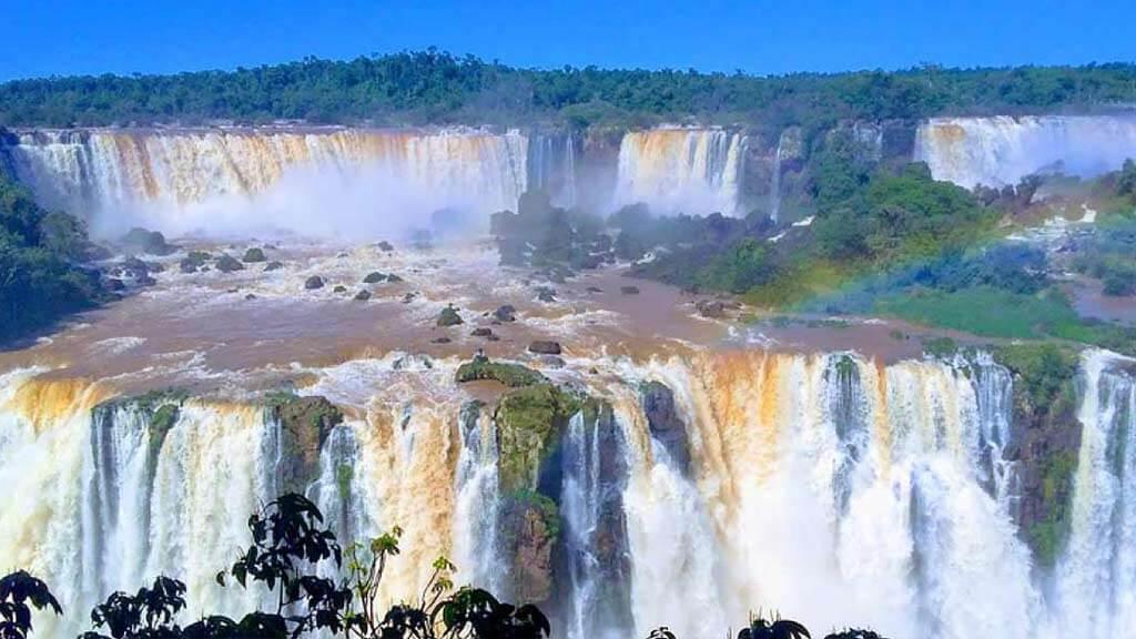 iguazu-falls-landscape