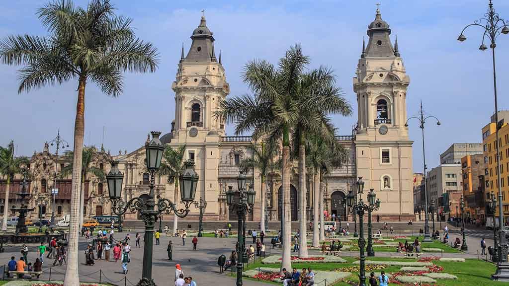 main square in lima peru