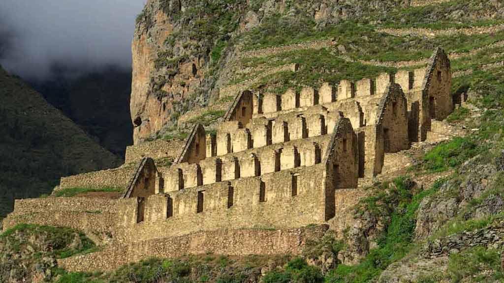 ancient-peru-ruins-ollantaytambo