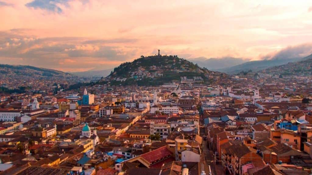 ecuador-travel-destination-quito-city