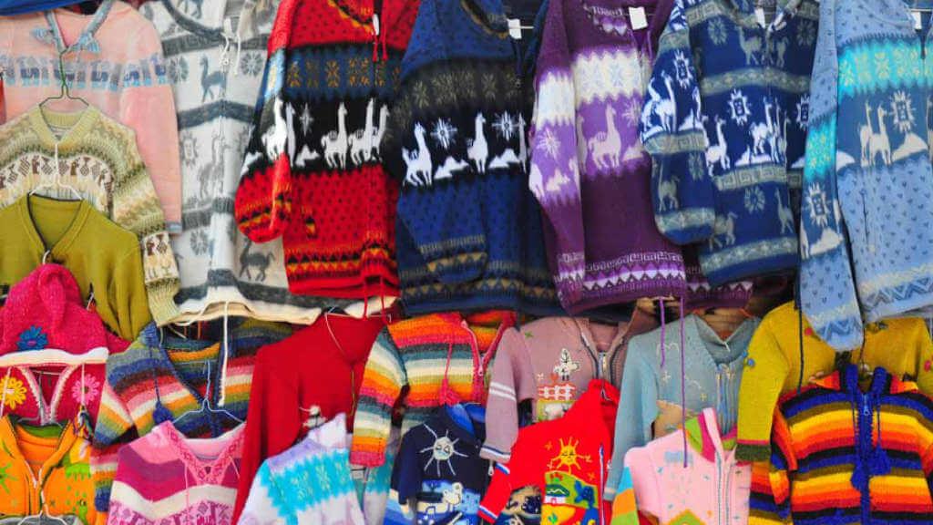 rainbow-colored-textiles