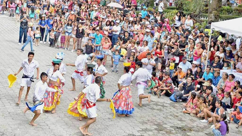 street parades at vilcabamba carnival ecuador