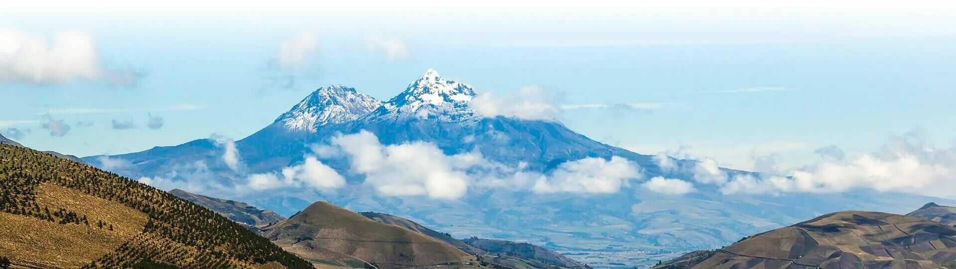 illinizas volcanoes ecuador